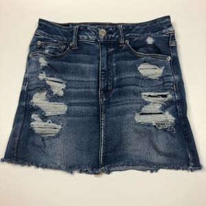 AMERICAN EAGLE distressed denim jean mini skirt 6